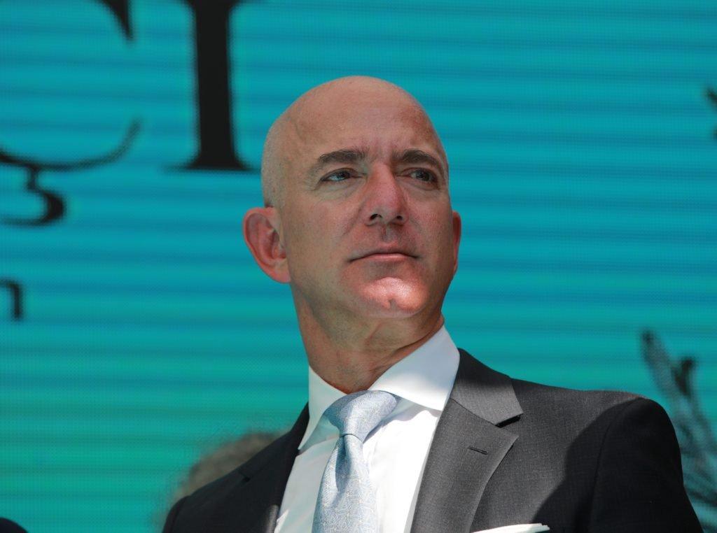 Le CEO et fondateur d'Amazon, Jeff Bezos, a donné une perspective sombre pour le pays si les entreprises de technologie américaines décident de ne pas soutenir les efforts de guerre du Pentagone.