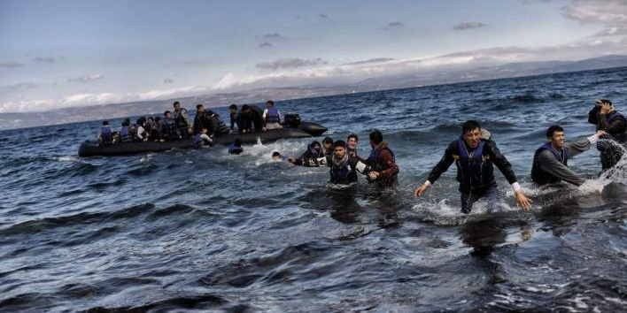 Young_male_refugees_arriving_overseas(1)