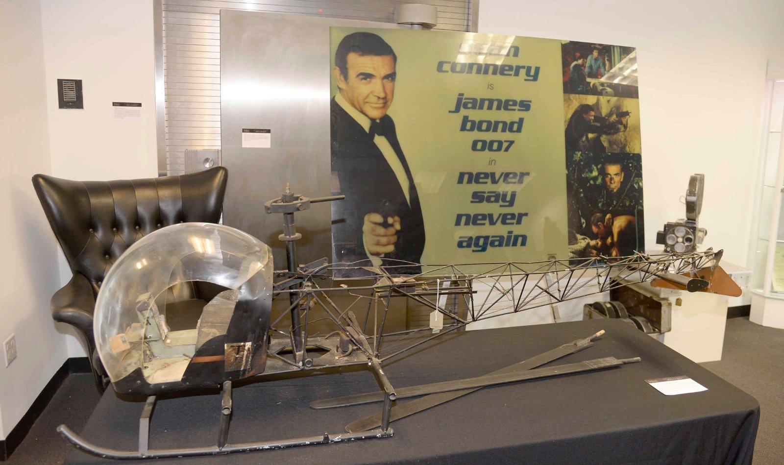 Les objets font référence au film