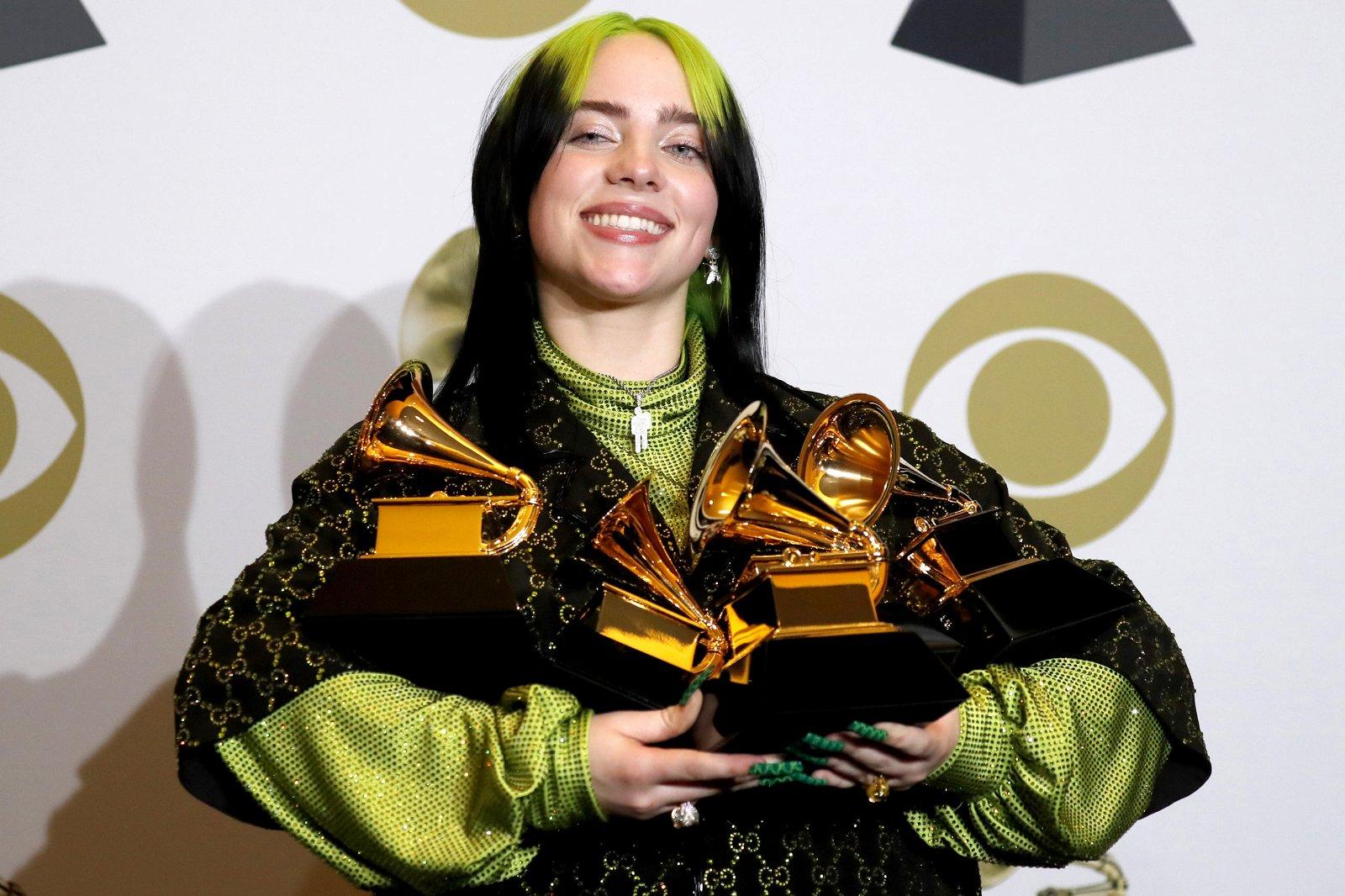 Het achttienjarige popfenomeen Billie Eilish sleepte vijf Grammy's in de wacht, waaronder de vier belangrijkste. - EPA/DAVID SWANSON.