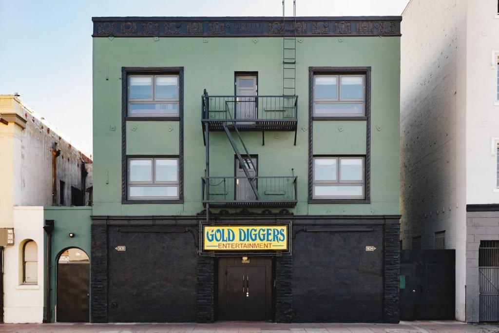Logeertip in Los Angeles: een hotel voor echte muziekliefhebbers - Gold Diggers