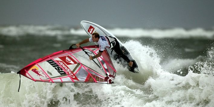 wind surfing ocean persistance don't give up
